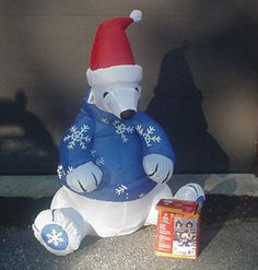 Pre Owned 4 Feet Tall Inflatable Polar Bear Christmas Outdoor Yard Decoration