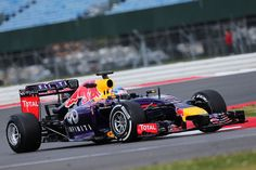 """Vettel: """"Será difícil atrapar los Mercedes este año"""""""