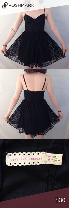 Holiday SALE❄️Pins and Needles black corset dress Really cute black corset dress from urban outfitters! Women's size small, runs small!! Feel free to make an offer ✌🏼️! Happy poshing! Urban Outfitters Dresses Mini