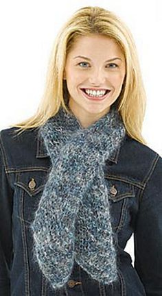 Bias knit scarf. I would like to try it. Looks simple enough.