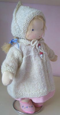 Another particularly lovely Waldorf doll! Poppenatelier Ineke Gray
