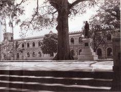 Ricardo JaramilloFOTOS ANTIGUAS SANTIAGO DE CALI     Cali - Excelente panoramica del Antiguo cuartel del regimiento Pichincha - Estatua de Bolivar.