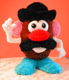 Pipe Cleaner Mr Potatohead by fuzzymutt on deviantART Pipe Cleaner Projects, Pipe Cleaner Art, Pipe Cleaner Animals, Pipe Cleaners, Fun Crafts For Kids, Toddler Crafts, Arts And Crafts, Sand Crafts, Wire Crafts