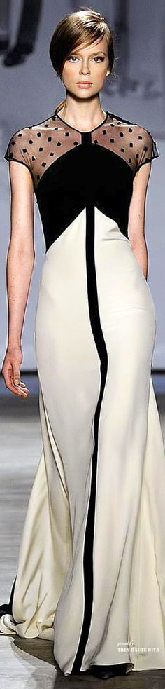 The stripe down the middle is daring because typically people do not like seams there. Marc Blackwell is a fan of #fashion #LelaRose #fashiontrends