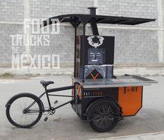 Food Bike con adaptaciones para elaboración de tacos al humo.  El Tizne. Food Trucks de México Food Cart Design, Food Truck Design, Coffee Carts, Coffee Truck, Kiosk Design, Küchen Design, Bicycle Cafe, Trike Bicycle, Mobile Restaurant