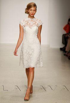 brides over 50 wedding dress | Mời bạn cùng K&K Fashion update những kiểu đầm ren đẹp ...