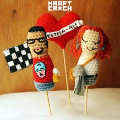 Mini nosotros laneros! XD kraftcrochitos POPS #valentinesday #crochet #amigurumi