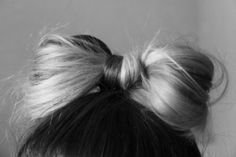 If only I were this talented. Hair bow :)