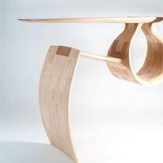 The Maple Entry Table par Chance Coalter