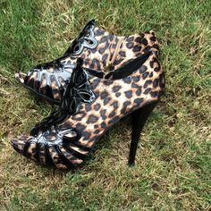 💖Anne Michelle Cheetah Heels💖 Cheetah Print Sexy Heels that you will 😍 worn once, basically new, great condition Anne Michelle Shoes Heels