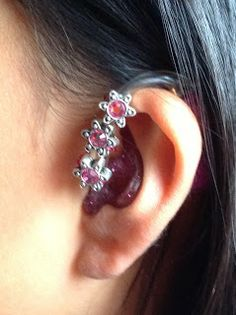 Blog by a young girl about decorating her hearing aids