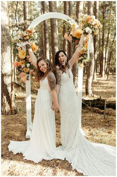 Lesbian Wedding Photos, Romantic Wedding Photos, Wedding Pictures, Outdoor Wedding Inspiration, Wedding Ideas, Two Brides, Bride Gowns, Wedding Ceremonies, Wedding In The Woods