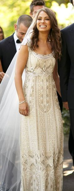 Gorgeous bride | Gorgeous dress (Cropped image from Blumenthal Photography)