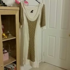 White/Gold Dress Brand new / never used! Beautiful statement piece! Great,  cozu, and fun. Bebe Dresses Long Sleeve
