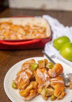Apple Fritter Casserole Breakfast Casserole French Toast, Breakfast Recipes, Breakfast Ideas, Casserole Dishes, Casserole Recipes, Noodle Casserole, Chicken Casserole, Quick Casseroles, Apple Fritters
