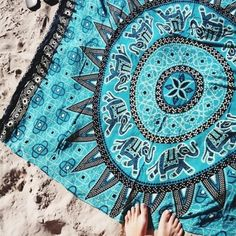 Cheap plage, Buy Quality plage serviette Directly from China Suppliers:Cfanny 2016 Women Beach Towel Medallion Pattern Tapestry Cotton Yoga Mat Swimsuit Cover Ups Towel Blankets Serviette De Plage Summer Of Love, Summer Days, Summer Vibes, Summer Fun, Summer Breeze, Style Hippie Chic, Gypsy Style, Boho Chic, Hippie Bohemian