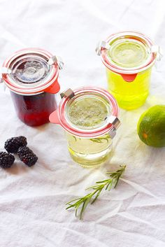 How to make flavored simple syrups for cocktails! via Perpetually Chic