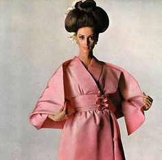 Wilhelmina Cooper wearing Norman Norell. Photographed by Irving Penn for Vogue April 1965
