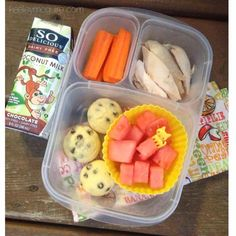 Keeley McGuire: Lunch Made Easy: OVER 25 Gluten Free & Allergy Friendly Lunch Box Ideas Those are gf puffins, tummy would probably hate those, but the plain old chicken makes me happy. Lunch Snacks, Lunch Recipes, Box Lunches, Yummy Recipes, Vegan Recipes, Healthy School Lunches, Healthy Snacks, Healthy Kids, Easy Lunch Boxes