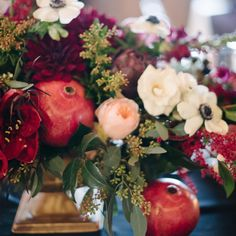 The slightly chilly morning made me realize fall is right around the corner. This fall arrangement couldn't be any more perfect.    Bridal Show: Bridal Show, Bridal Style, Fall Arrangements, Around The Corner, Indoor Plants, Night Out, Wine, Table Decorations, Flowers