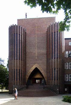 fritz höger, kirche am hohenzollernplatz, berlin 1930-1933
