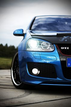 """VW Golf V GTI"" by Jens Weich"