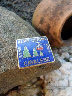 Rare vintage CAVALESE Alpe Cermis Italy SKI 1960s-70s enamel needle Pin Badge    eBay