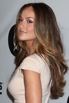 almost ombre, probably grown-out balayage