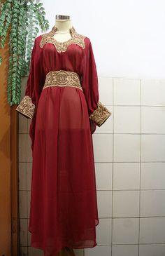 Gorgeous RED Chiffon Moroccan Caftan Fancy Gold Embroidery Abaya Dubai Maxi Dress farasha Style Jalabiya for women