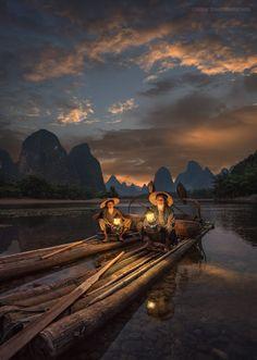 Magic Lanterns by Julvar.... #sunrise #people #nature #river #travel #naturallight #traditional #Outdoor #China #Guilin #Guangxi #Asia #Fisherman #Yangshuo #Rurallife #ChineseCulture #LiRiver