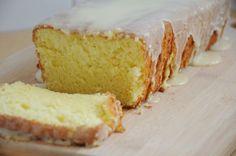 A receita de hoje tem um ar de chá das 5 e encontro de meninas! Sim, vamos aprender a fazer um bolo chiffon ou bolo esponja. Esse tipo de bolo é muito mais leve e delicado do que os outros. O óleo …