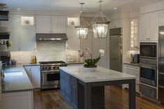 This kitchen is perfect!
