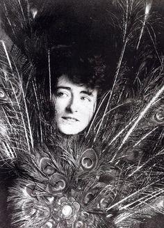 Eileen Gray in VOGUE magazine.
