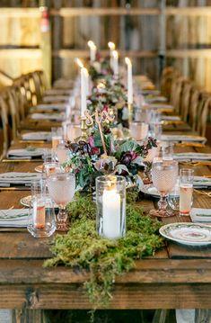 Great 30+ Beautiful Natural Woodland Wedding Centerpieces Ideas  https://oosile.com/30-beautiful-natural-woodland-wedding-centerpieces-ideas-15266