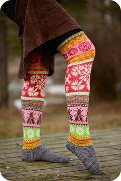 Loistavat niityt – Great Meadows (Muhu Socks) pattern by Tiina Kaarela Fair Isle Knitting, Knitting Socks, Hand Knitting, Knitting Patterns, Crochet Patterns, Crochet Slippers, Knit Crochet, How To Start Knitting, Wool Socks