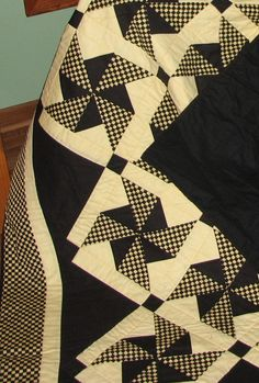 Inspiration - Black and Yellow check Pinwheel Quilt - set on point
