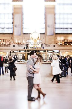 Love at Grand Central Station New York #AisleStyle