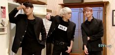 SHINee SNL Korea 2015 Minho, JongHyun Onew This is gold! I thought I'd only get into EXO - I forgot that kpop traps you in - not that I mind :)