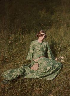Portrait of a young woman, 1909 autochrome