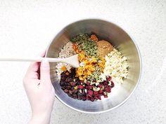 Healthy homemade muesli bar slice recipe Healthy Muesli Bar Recipe, Homemade Muesli Bars, Healthy Granola Bars, Healthy Snacks, Muesli Slice, Donna Hay Recipes, Dried Cranberries, Slice Recipe, Lunch