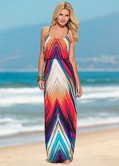 Printed maxi dress in the VENUS Line of Dresses for Women. Size small