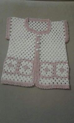free knitting pattern for baby girl bolero How to crochet a beautiful tiny dress. This Pin was discovered by Sem Repeat After me Crochet: DIY Sweet Crochet Baby Summer Bootie by Nina Maltese Crochet Coat, Crochet Cardigan Pattern, Crochet Baby Booties, Crochet Clothes, Crochet Girls, Crochet For Kids, Baby Knitting Patterns, Knitting Designs, Vestidos Bebe Crochet