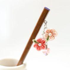 Tsumami kanzashi ピンクの花のお箸かんざし