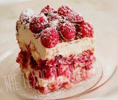 Italian Desserts, Mini Desserts, Just Desserts, Delicious Desserts, Yummy Food, Raspberry Tiramisu, Raspberry Cake, German Baking, Tiramisu Recipe