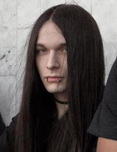 man with long hair | tumblr_misc5tpIkZ1s59ijeo1_500.jpg