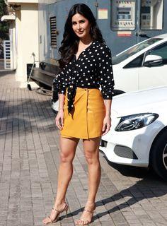 Katrina Kaif At Pathshala Event Bollywood Outfits, Bollywood Dress, Bollywood Girls, Bollywood Stars, Katrina Kaif Hot Pics, Katrina Kaif Photo, Indian Celebrities, Bollywood Celebrities, Beautiful Celebrities
