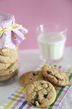 Chocolate chips cookies by Lume Brando