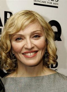 """My sugar is raw. Sticky and sweet. Cut Her Hair, Hair Cuts, Hair Gain, Current Picture, Ageless Beauty, Hair Today, Madonna, Actors & Actresses, Singers"