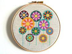 Floral Cross Stitch Flower Cross Stitch Pattern Modern http://etsy.me/2rFDrnk?utm_content=buffer043c6&utm_medium=social&utm_source=pinterest.com&utm_campaign=buffer via @Etsy #nikkipatternetsy