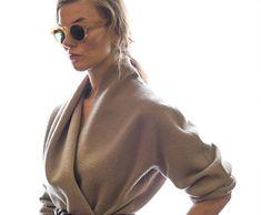 Kostenloses Schnittmuster für die Kimonojacke aus Modeshooting »Braun & Grau«